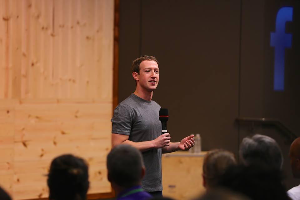 1503846_838237052900738_2438326801382027890_n Zuckerberg'den Ailelere Tavsiye: ''Bırakın Çocuklarınız Video Oyunları Oynasın''